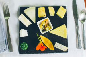 wine-and-cheese-5040